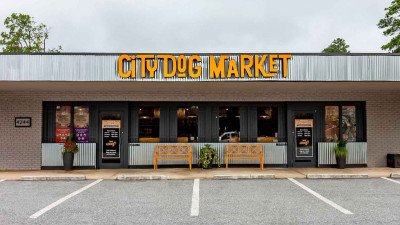 city-dog-market-hero.jpeg